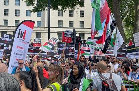 """عرب حزب العمال البريطاني يطالبون بعقوبات على """"إسرائيل"""""""