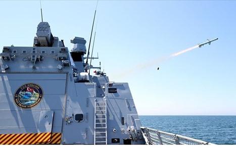 """""""أطمجه"""" صاروخ تركي مضاد للسفن يجتاز الاختبارات (شاهد)"""