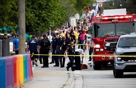 قتيل على الأقل بصدم شاحنة مشاركين بمسيرة للمثليين بفلوريدا