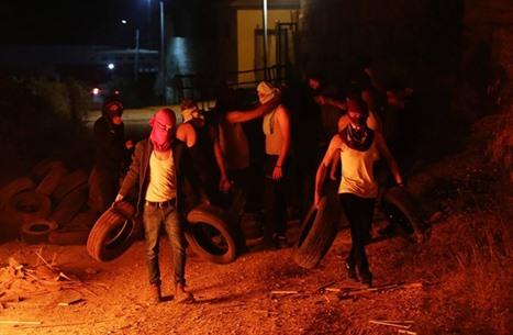 """فلسطينيو """"بيتا"""" يبدأون """"الإرباك الليلي"""" ضد بؤرة استيطانية"""