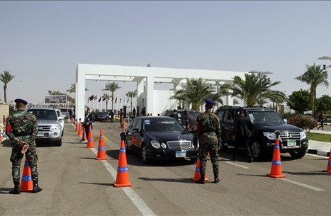 وفد أمني إسرائيلي في شرم الشيخ.. هذا ما سيقوم به