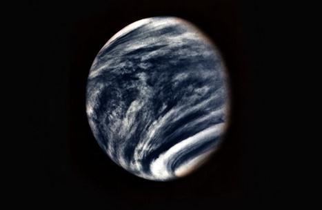 """علماء يكتشفون نشاطا على كوكب """"الزهرة"""" يشبه سطح الأرض"""