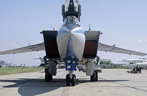 موسكو تعلن نقل أحدث طراز طائرة مقاتلة روسية إلى سوريا