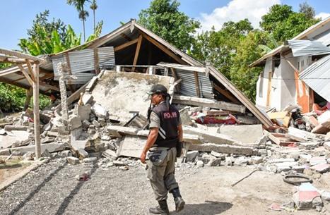 """زلزال بقوة 6 درجات يضرب منطقة """"نياس"""" غرب إندونيسيا"""