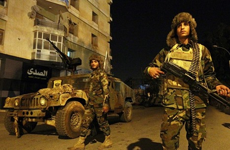 """موقع روسي: هل تخلت """"إسرائيل"""" عن نهج مساعدة حفتر بليبيا؟"""
