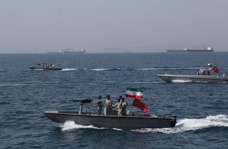 خبير إسرائيلي: إيران هاجمت السفينة ردا على اغتيال فخري زادة