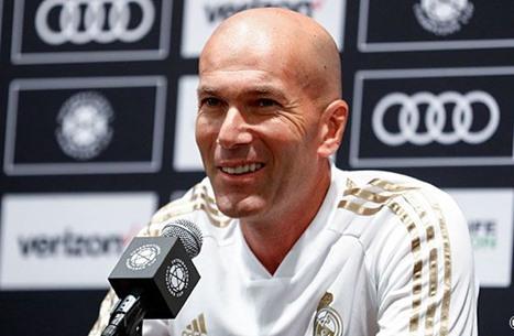 زيدان يتحدث عن مستقبله مع ريال مدريد