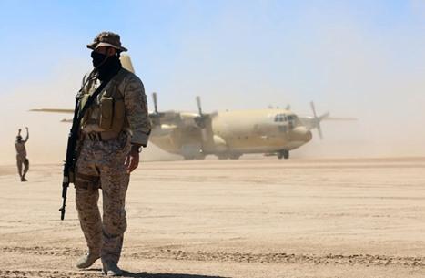 """من يحسم المعركة بمحافظة مأرب """"الغنية بالنفط"""" في اليمن؟"""
