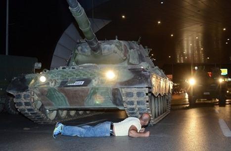 """تعرف على منظمة """"غولن"""" المتهمة بمحاولة الانقلاب بتركيا"""