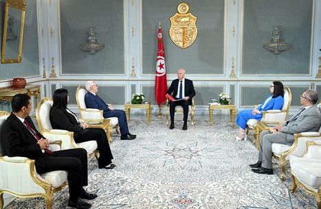 """""""عربي21"""" تحاور الغنوشي حول الأزمة في تونس وسبل إنهائها"""