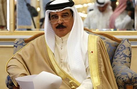 """حاخام """"مقرّب"""": المنامة ستطبّع قبل 2021.. واتصال مع """"الموساد"""""""
