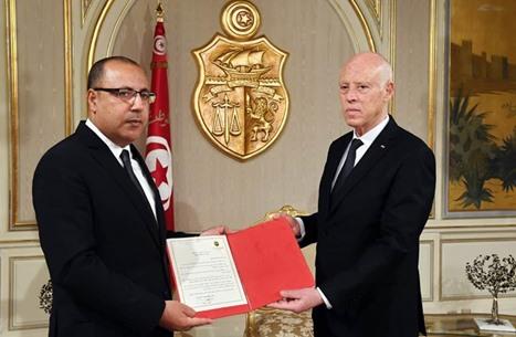 توتر مع اقتراب انتهاء مهلة المشيشي لتشكيل حكومة بتونس