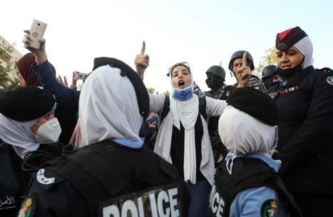 معلمو الأردن يتجهزون الأحد لتظاهرات ليلية (شاهد)