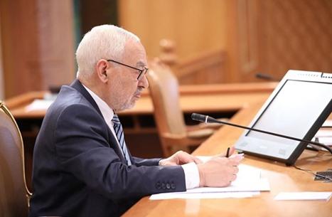 مستشار الغنوشي ينفي فرض الإقامة الجبرية على رئيس البرلمان