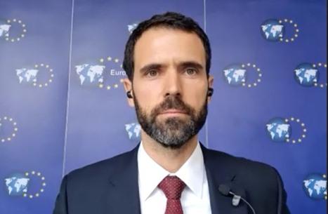 """""""عربي21"""" تحاور مسؤولا أوروبيا حول قضايا المنطقة وتركيا"""