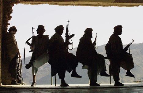 """تقرير أمريكي: هجمات طالبان """"خطر وجودي"""" على حكومة كابل"""