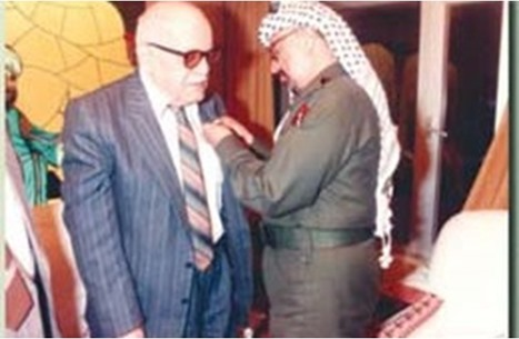 الثائر برهان الدين العبوشي.. رائد المسرح الشعري الفلسطيني