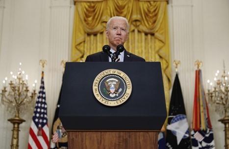 زلة لسان جديدة لبايدن تخلط بين أوباما وترامب (شاهد)
