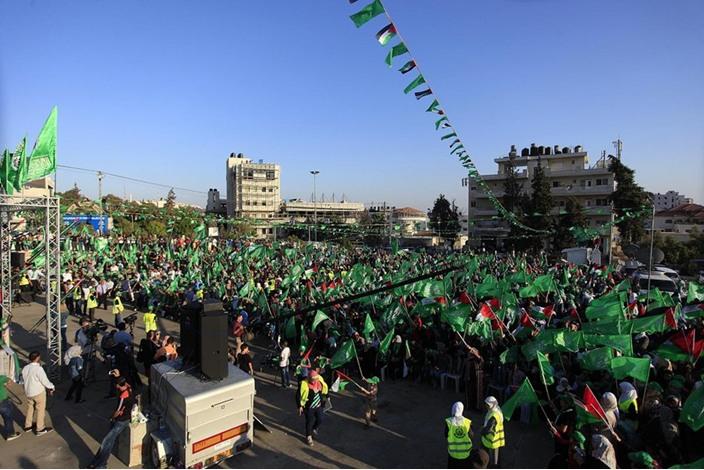 """احتفالات بالضفة الغربية تحت شعار """"شعب يصنع نصره"""" - aa_picture_20140830_3166093_web"""