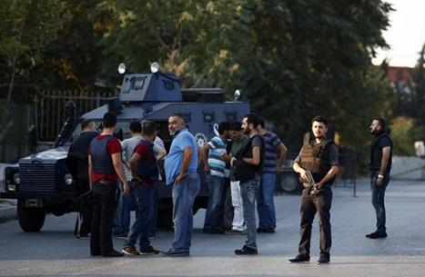 انتحاري يفجر نفسه بعد ملاحقته جنوب تركيا.. أردوغان يعلق