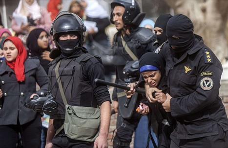 """تقرير حقوقي يرصد ظاهرة """"تدوير الاعتقال"""" بمصر خلال شهرين"""