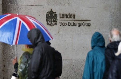 """""""موديز"""" تعدل نظرتها لديون بريطانيا السيادية إلى سلبية"""
