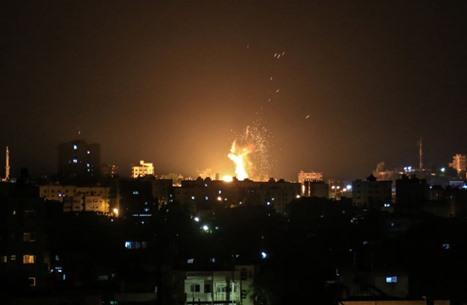 الاحتلال يشن هجمات على غزة ويغلق بحرها ومعبر بيت حانون