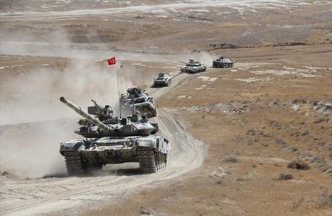 على وقع توتر مع أرمينيا.. شاهد مناورات أذربيجان وتركيا