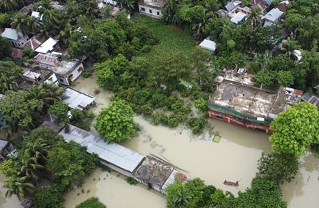 هكذا غمرت الفيضانات ثلث مساحة بنغلاديش (شاهد)