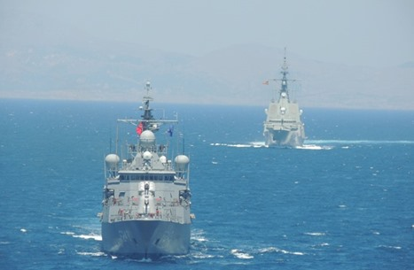 توافق تركي يوناني لإجراء محادثات حول التنقيب شرق المتوسط