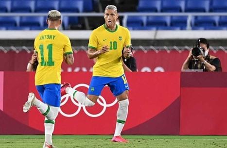 البرازيل تطيح بالمكسيك وتبلغ الدور النهائي من أولمبياد طوكيو