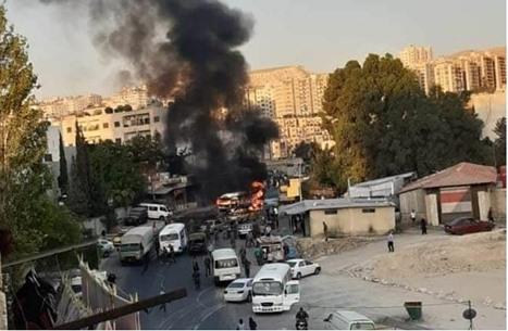 إصابات في انفجار استهدف حافلة لقوات النظام بدمشق