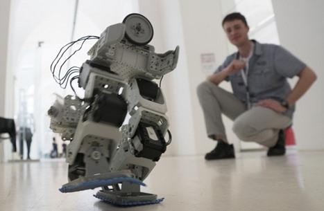 الروبوتات تهدد وظائف البشر ببريطانيا