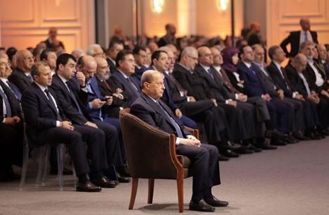"""ما واقعية دعوة عون لإلغاء """"طائفية"""" الحقائب السيادية؟"""