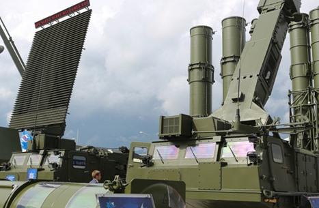 """هل نقلت موسكو أنظمة صواريخ """"إس300"""" إلى ليبيا؟"""
