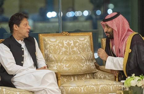 MEE: لماذا يتضاءل نفوذ باكستان في الخليج؟