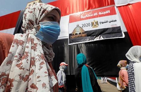 مصر: فساد مالي ورشى وعمولات بقائمة انتخابية مُقربة من السيسي