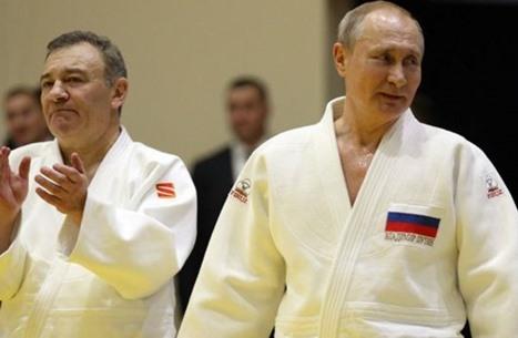 ملفات فنسن: صديق بوتين استخدم هذه الحيل لغسل الأموال