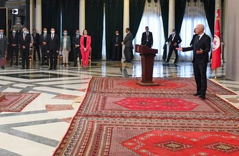 """تسريبات رئاسة تونس تفجر جدلا.. واتهامات باختراق """"أجنبي"""""""