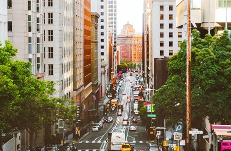 كاليفورنيا الأمريكية تبدأ حظر بيع السيارات التي تعمل بالبنزين
