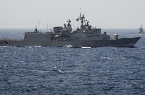 """ما حقيقة سفينة المليارات الهاربة من لبنان إلى """"إسرائيل""""؟"""