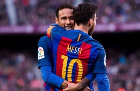 نيمار يناصر ميسي بعد مهاجمته إدارة برشلونة