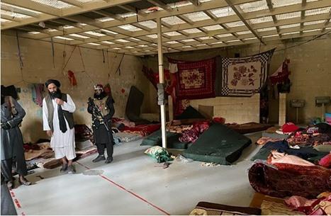 أفغان يروون قصص تعذيب الأمريكان لهم في سجن باغرام