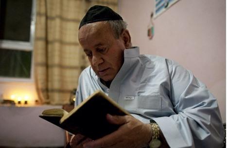 هذا أول ما قام به آخر يهودي بعد مغادرته أفغانستان