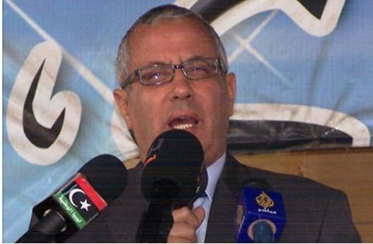 مسلحون يقتادون رئيس وزراء ليبيا لجهة مجهولة