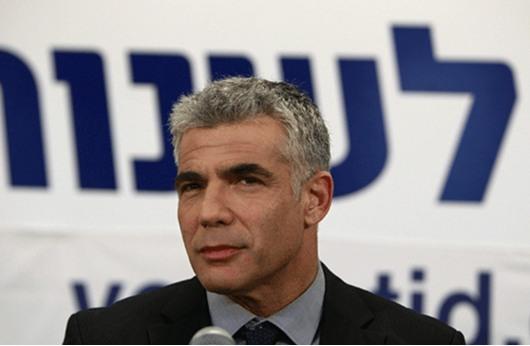 تصريحات لابيد حول الدولة اليهودية تثير سخط نتنياهو