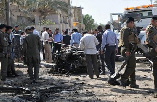 قتيل و تسعة جرحى في انفجار سيارتين مفخختين جنوب العراق