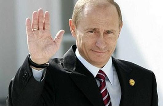 47% من الروس يثقون خبرة بوتين السياسية