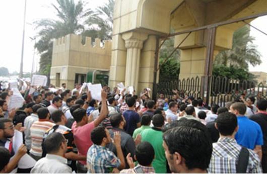 جامعة الأزهر تهدد بتعليق الدراسة بعد تظاهرات
