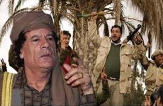 """""""ذا غارديان"""": ليبيا بعد القذافي ما زالت في حرب أهلية"""